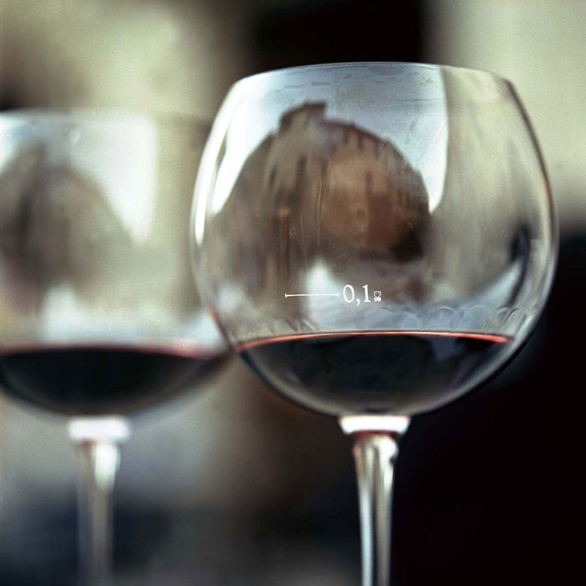 wine-reflections